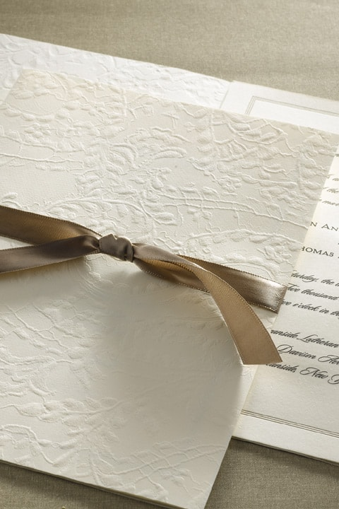 Monique_lhuillier_wedding_invitation_satin_bow