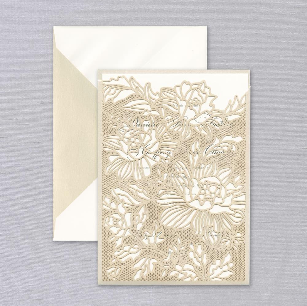 Vera Wang | Chantilly Lace Sleeve Invitation